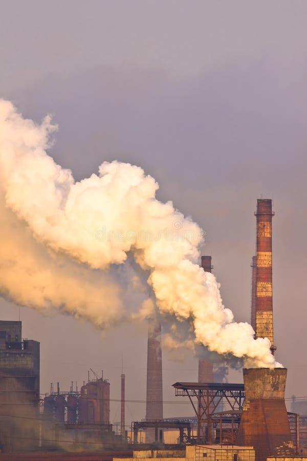 tung förorening arkivfoton