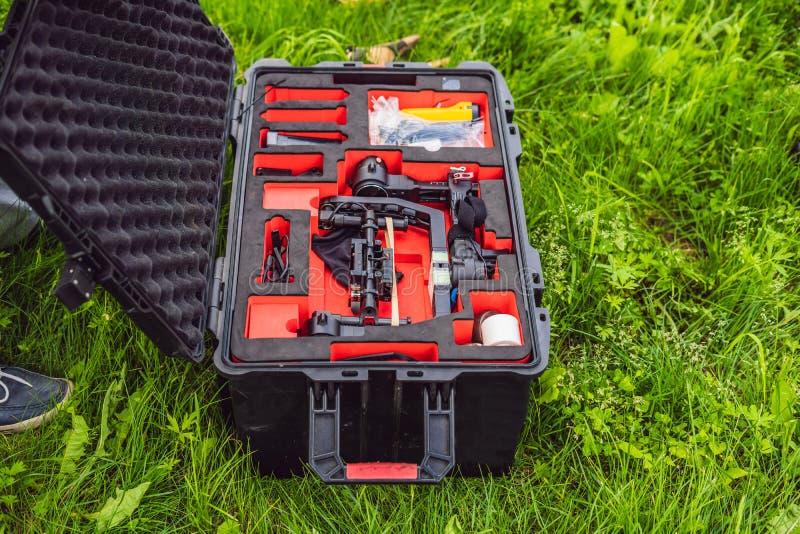 Tung yrkesmässig gimbalstabilisator för 3 axel för biokamera royaltyfri foto