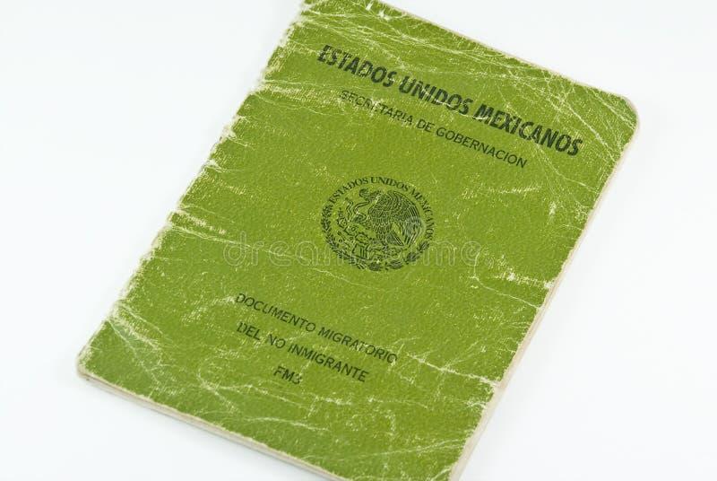 tungt använt mexikanskt pass för invandring fm3 arkivbilder