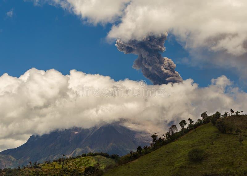 Daytime Explosion Of Tungurahua royalty free stock photography