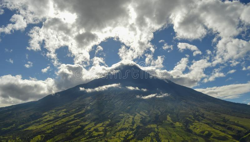 Tungurahuavulkaan, 5000 meters stock afbeeldingen