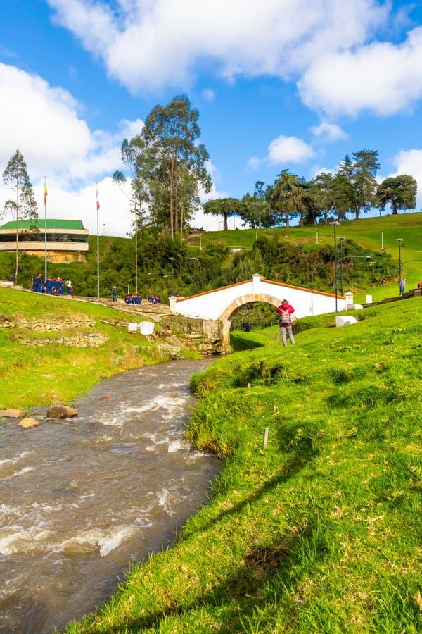 Tunja Colombia Boyaca bro och flod fotografering för bildbyråer