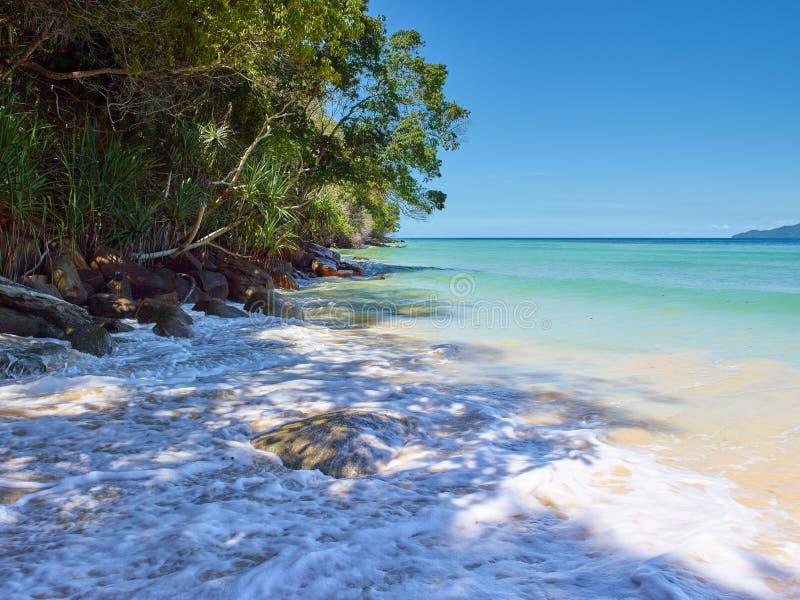 Tunku Abdul Rahman National Park, Bornéo, île de la Malaisie - du Mamutik images stock