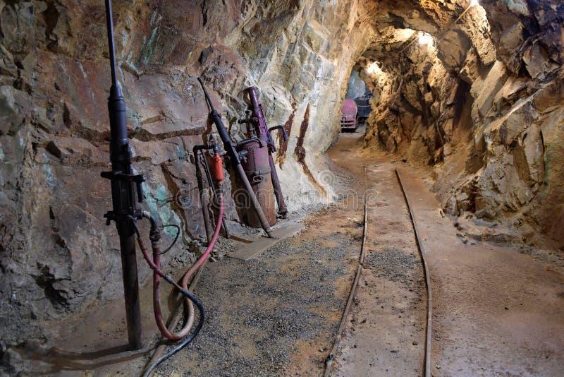 Tunnel à l'intérieur de mine d'or dans le Colorado images stock