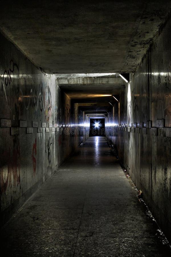 Tunnel lizenzfreie stockbilder