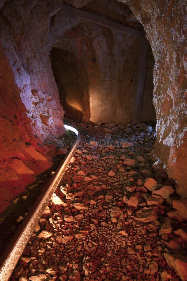 Tunnel abandonné de mine d'or photo libre de droits