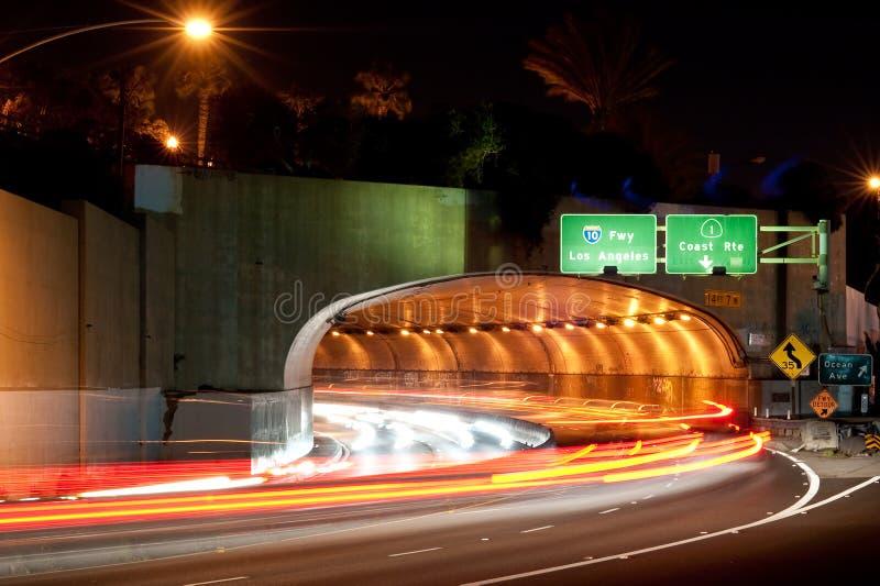 Tunnel-Auszug Monica-Kalifornien lizenzfreies stockbild