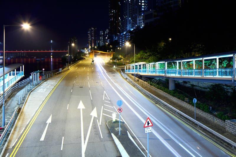 Tunnel avec la traînée du trafic photos stock