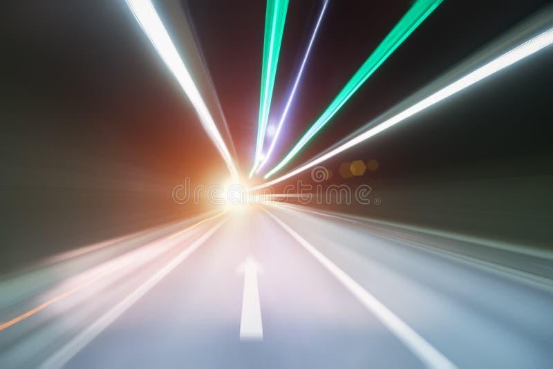 Tunnel-Bewegungsunschärfe lizenzfreie stockbilder