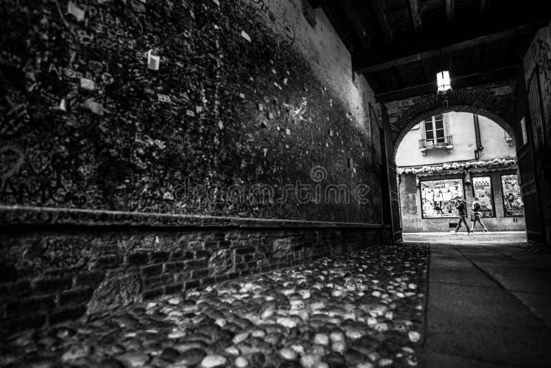 Tunnel buiten Juliets Balocny stock foto's