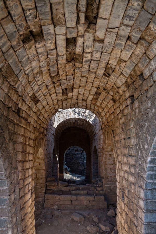 Tunnel dans la Grande Muraille de la Chine image libre de droits