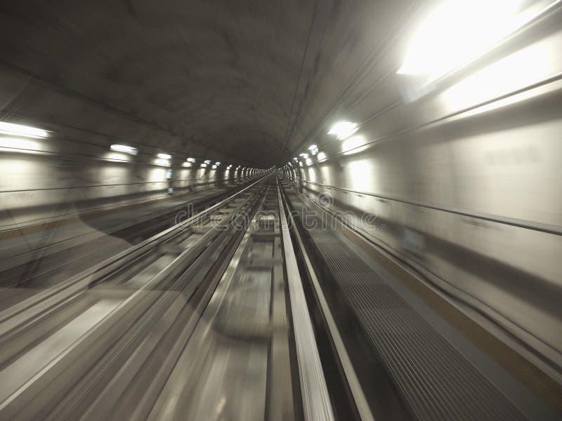 tunnel de chemin de fer de souterrain images libres de droits
