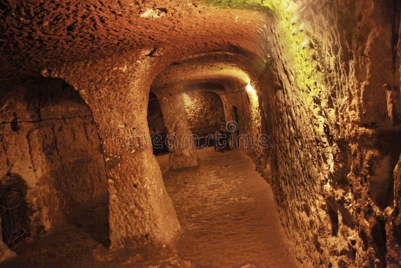 Tunnel de la ville souterraine de Kaymakli-Derinkuyu photographie stock libre de droits