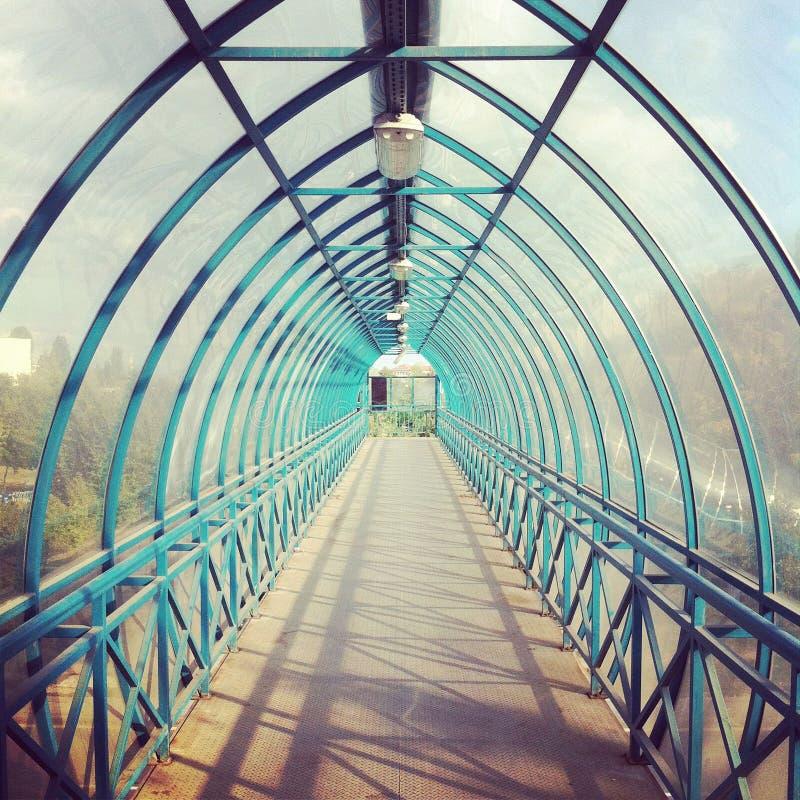 Tunnel de passage couvert photo stock