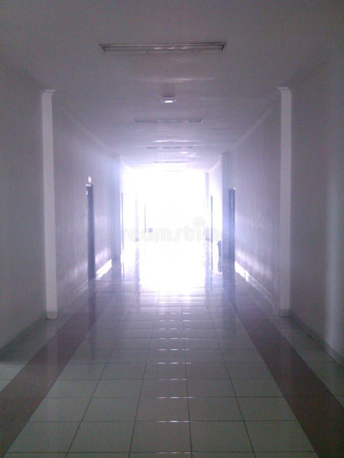Tunnel der Leuchte lizenzfreie stockfotos