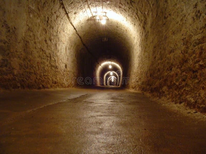 Tunnel in einem Salzbergwerk lizenzfreies stockfoto