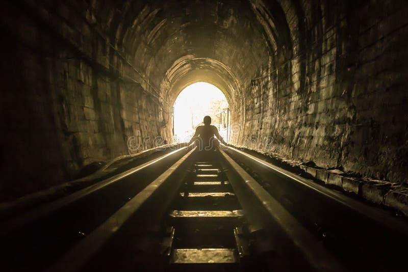 Tunnel ferroviario immagini stock