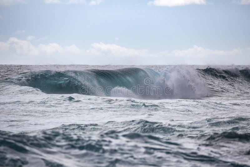 Tunnel Hawai di Wave immagini stock libere da diritti