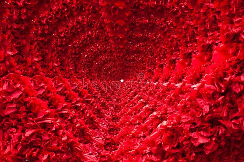 Tunnel rouge de coeur images libres de droits