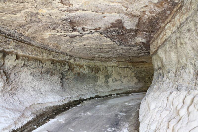 Tunnel scolpito in Cappadocia immagini stock