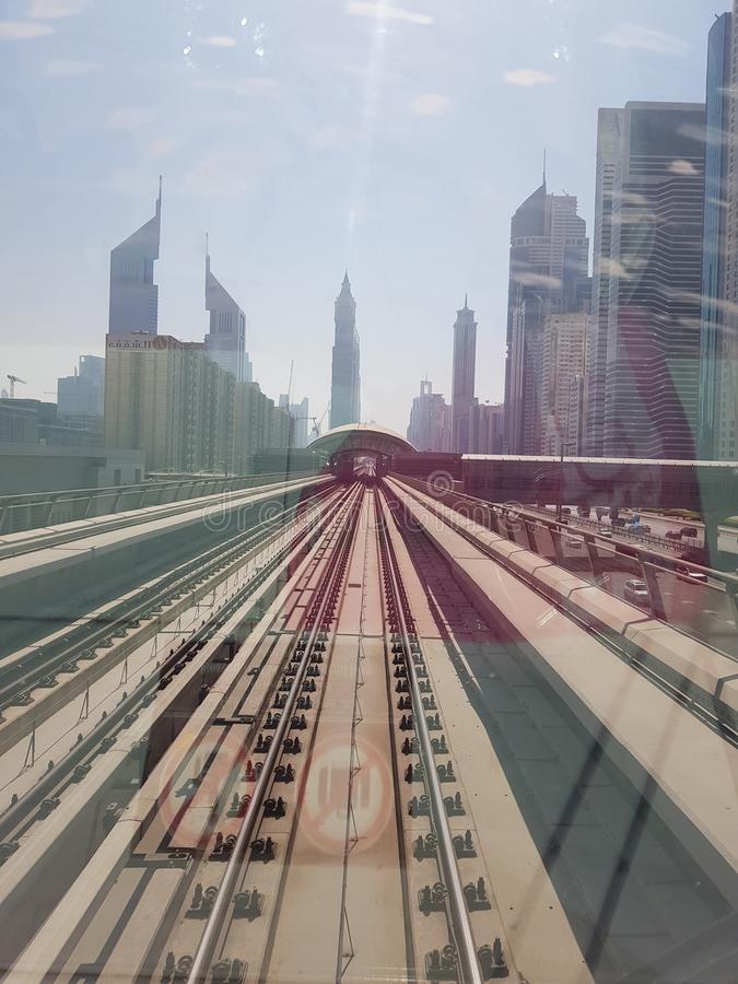Tunnelbana i Dubai det som så är bra royaltyfri foto
