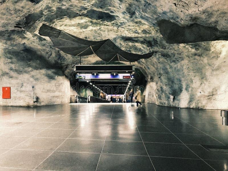 Tunnelbanestation Fridhemsplan подземное Станция метро Стокгольма, Швеции стоковые фотографии rf