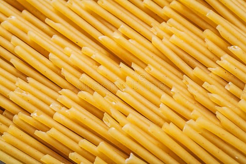 Tunt spagettibakgrundsmat och drinkbegrepp arkivfoto