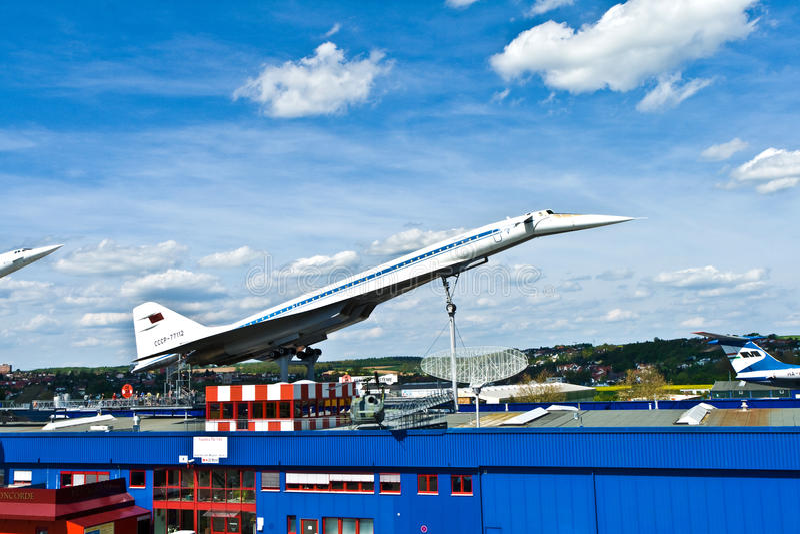 Tupolev supersônico TU-144 dos aviões imagens de stock
