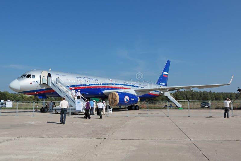 Tupolev Tu-214 lizenzfreies stockbild