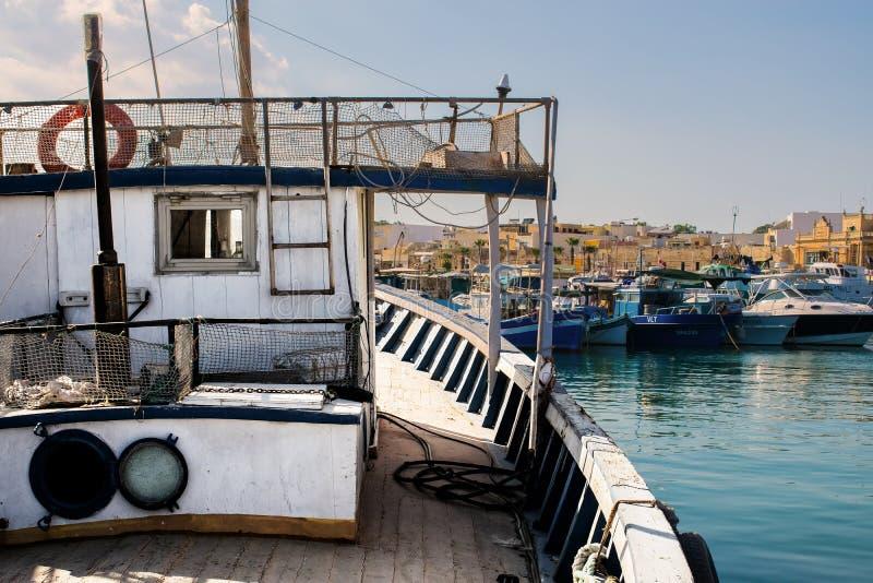Tur på en fiskebåt royaltyfri foto