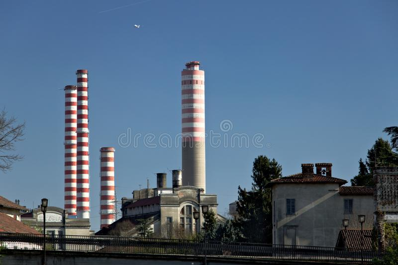 Turbigo, Μιλάνο, Λομβαρδία, Ιταλία 24 Μαρτίου 2019 Σταθμός παραγωγής ηλεκτρικού ρεύματος Turbigo, που βρίσκεται κατά μήκος του Na στοκ εικόνα