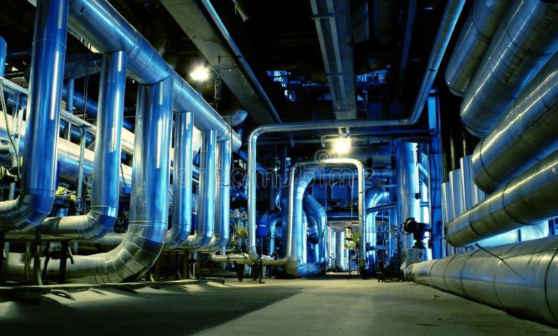 Turbina das tubulações, das câmaras de ar, da maquinaria e de vapor fotografia de stock royalty free