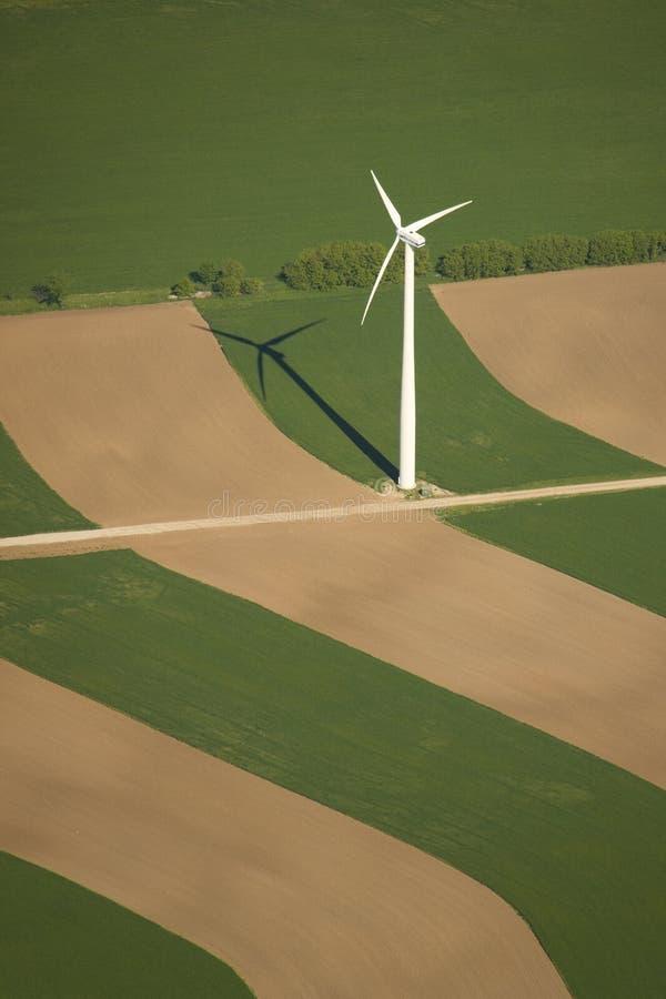 Download Turbina de vento imagem de stock. Imagem de eletricidade - 12805563