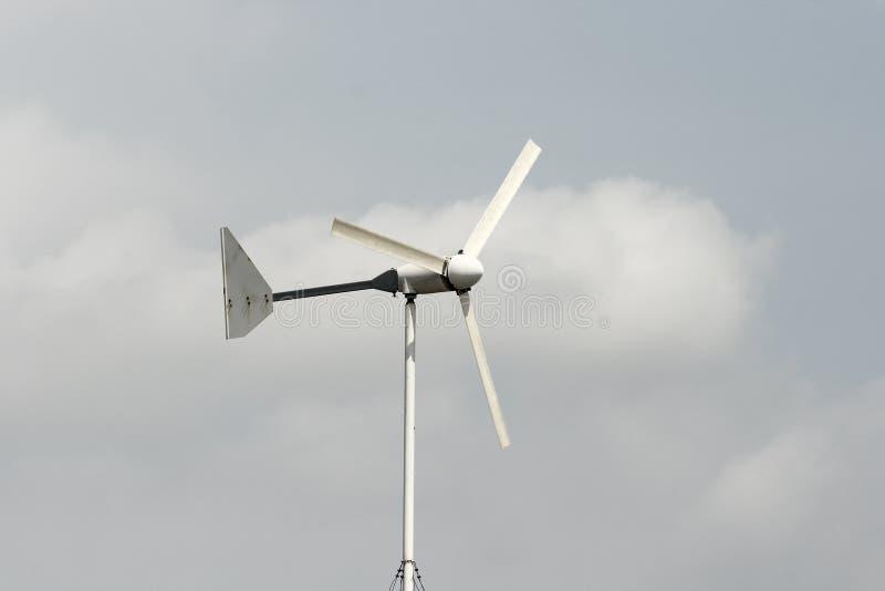 Turbina de vento branca foto de stock