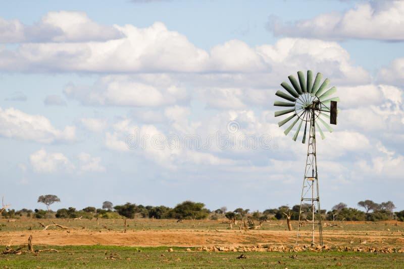 Turbina de viento en África foto de archivo