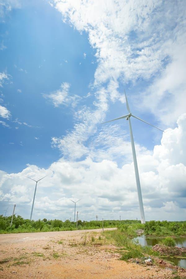 Turbina de viento en Pak Phanang, Nakhon Si Thammarat, Tailandia fotos de archivo libres de regalías