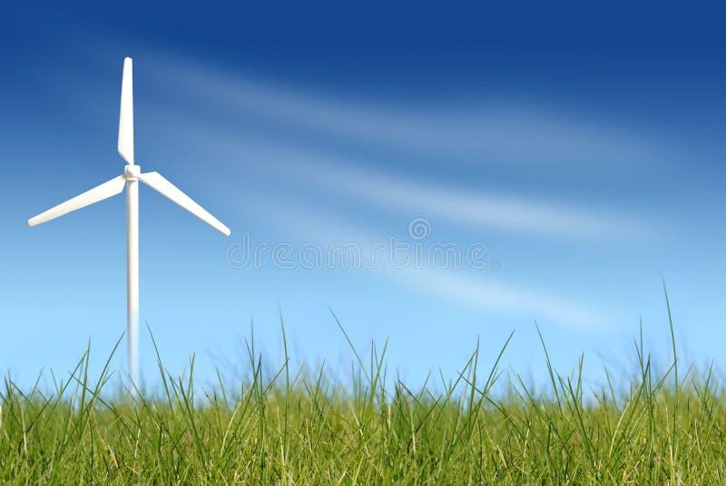 Turbina di vento sul campo verde fotografia stock libera da diritti