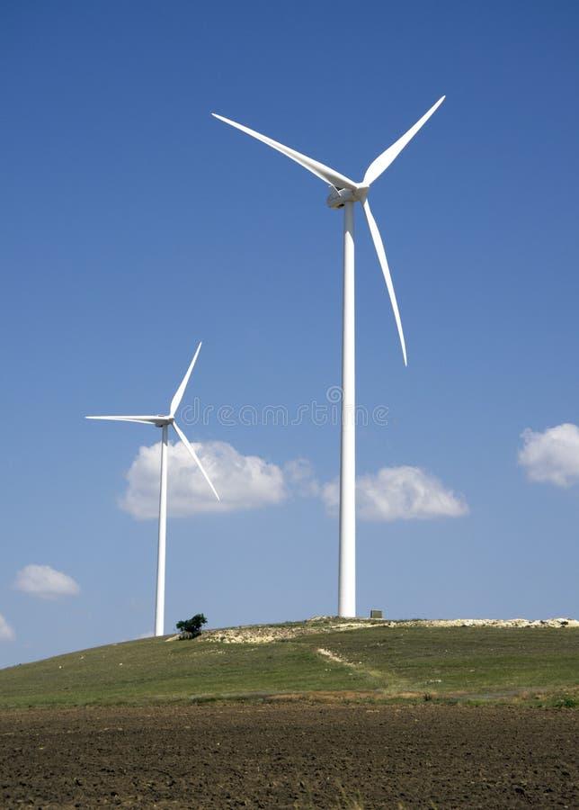 Download Turbina rolny wiatr zdjęcie stock. Obraz złożonej z rozwojowy - 25554008