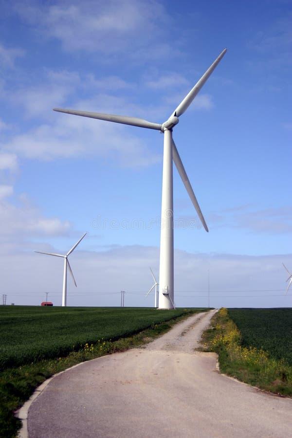 Download Turbina wiatr obraz stock. Obraz złożonej z odrzuca, wiatr - 136225