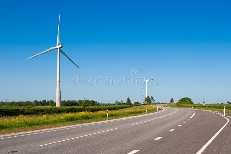 Download Turbinas de vento foto de stock. Imagem de ambiental - 12801416