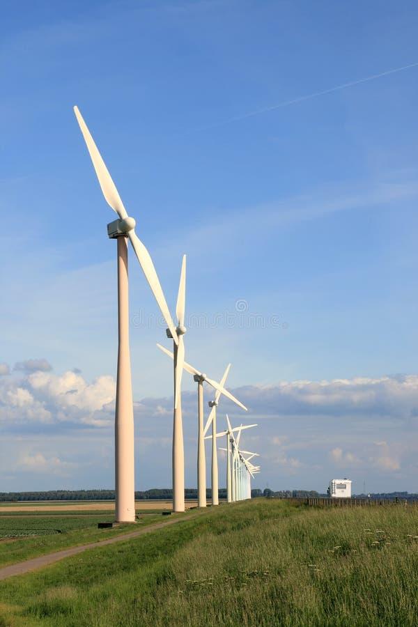 Turbinas de vento em tons pastel fotografia de stock royalty free
