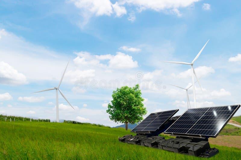 Turbine de vent propre d'énergie électrique d'arbre et pile solaire l'avenir images libres de droits
