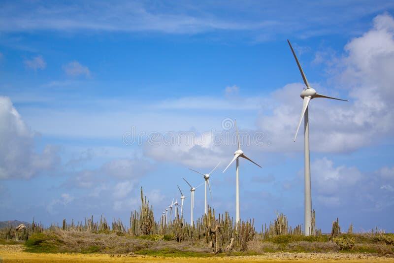 Turbine di vento in deserto fotografia stock