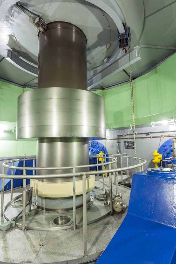 Turbine in Hydro-elektrische Elektrische centrale royalty-vrije stock foto's