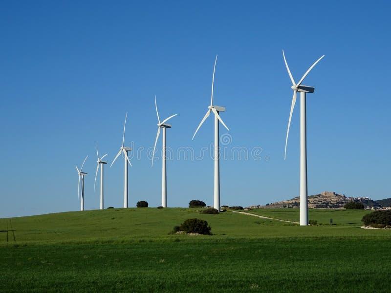 turbines éoliennes produisant de l'énergie propre photographie stock