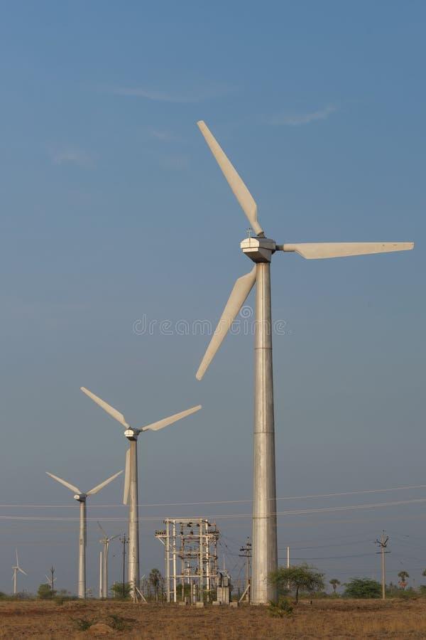 Turbines de vent modernes photos libres de droits