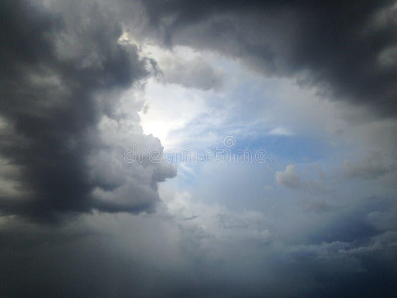 Turbinio della nuvola fotografia stock libera da diritti