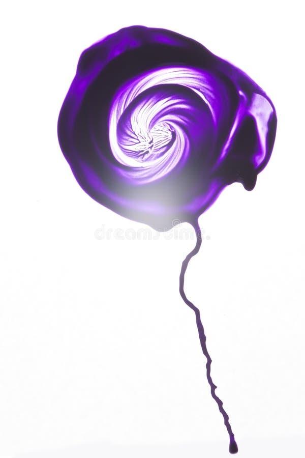 Turbinio rotondo del fiore porpora di astrattismo dell'acquerello illustrazione di stock