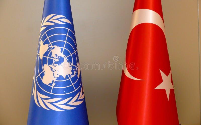 Turco e bandeira do UN fotos de stock