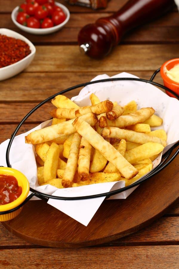 Turco Fried Sigara Borek imagem de stock